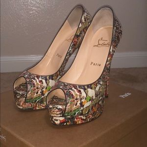 Pre-owned Authentic Python Christian Louboutins